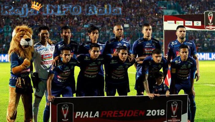 Arema FC mencari pelatih kiper