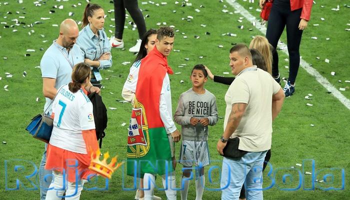 Cristiano Ronaldo, Neymar juga memiliki