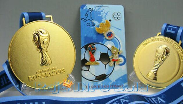 Medali Dilelang